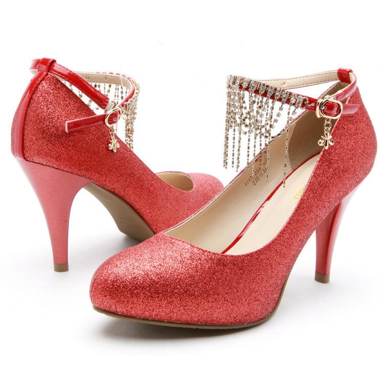婚鞋搭配好,能让新娘更美
