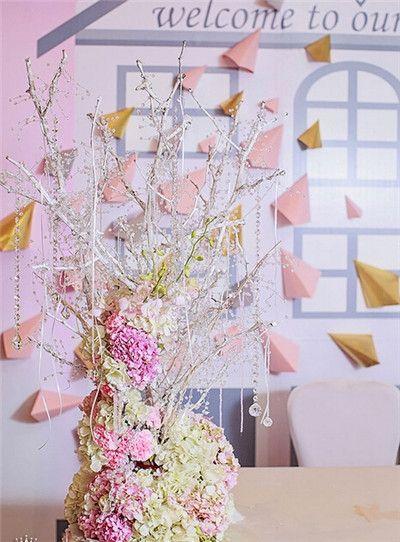 粉色温馨浪漫推荐钻石般永恒