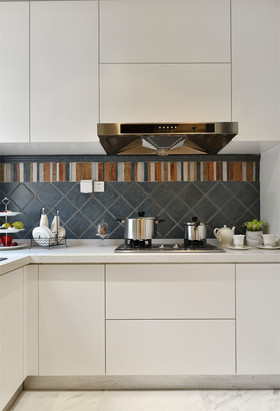 140平米三室三厅地中海风格厨房装修案例