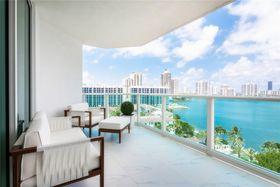 100平米三室两厅现代简约风格阳台装修图片大全