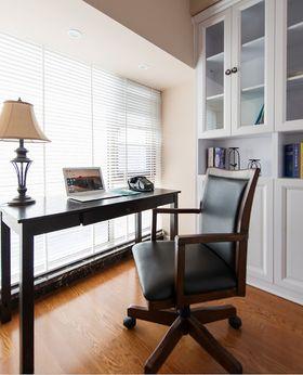 10-15万140平米三室两厅现代简约风格书房欣赏图