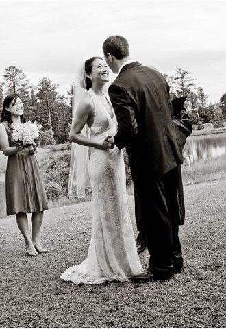 这么弄婚礼发型避免直发塌塌变成大脸新娘