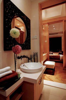 140平米四室两厅东南亚风格卫生间欣赏图
