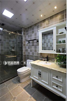 富裕型140平米四室两厅中式风格卫生间图片大全