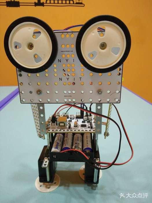 瓦力工厂机器人编程培训中心(西直门校区)图片 - 第240张