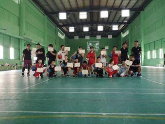 蛟龙青少年篮球培训班
