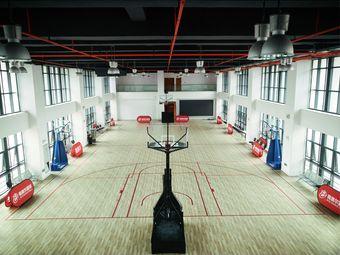 我赛尔中欧中心篮球馆