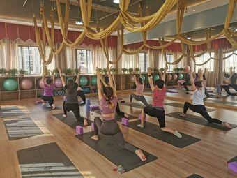 梵羽国际瑜伽龙光城店