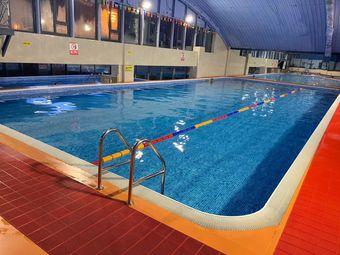 开发区超大游泳健身(轻轨站店)