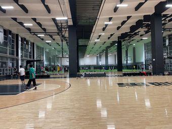 黑蚊篮球公园(金阳天田店)