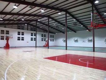 星辰籃球青少年培訓中心