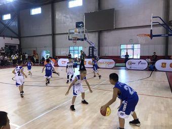 娄底市篮协青训中心新能量青少年篮球俱乐部