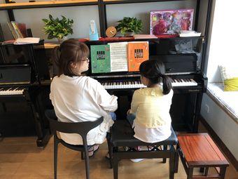 琴巢钢琴工作室(朝阳西湖万达店)