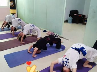 瑞志健身工作室