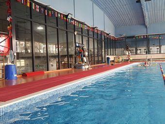 开发区超大游泳健身