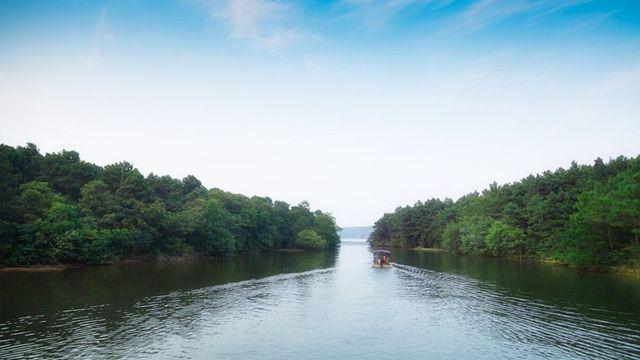 岱山湖国际旅游度假区是国家aaaa旅游景区,岱山湖旅游开发区总面积