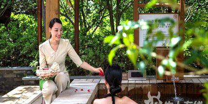 【宁波等】宁波罗蒙希尔顿花园酒店1晚+双早+双人二灵山温泉-美团