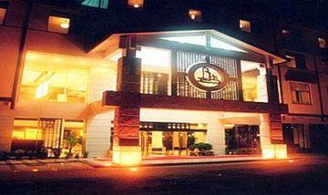 【南平等】武夷山宝岛大酒店2晚+双人武夷山风景名胜区等多景点可选+双早-美团