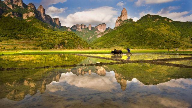 神仙居为国家5a级景区,位于浙江省台州市仙居县县城约20公里的白塔镇