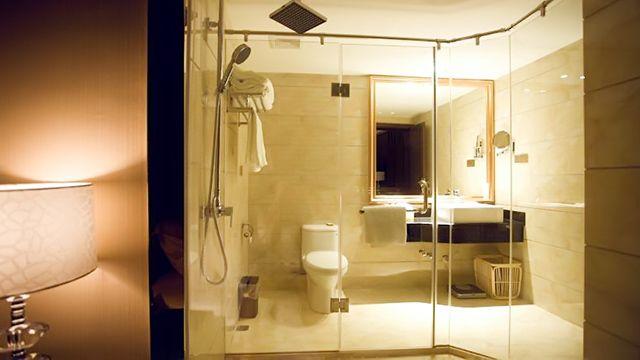 房间卫生间