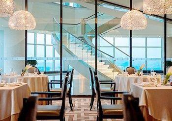 【惠州等】惠州富力万丽酒店1晚+双人西湖观光+双人份早餐+双人份晚餐-美团