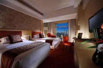 【上海等】上海浦西开元大酒店1晚+双人上海长风海洋世界门票+双早-美团