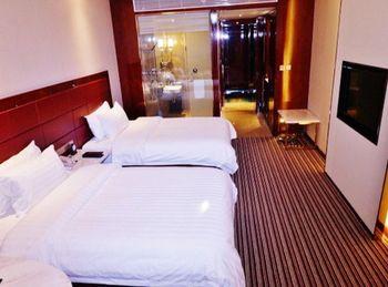 【西安等】西安云龙大酒店1晚+2大1小太平国家森林公园家庭票+双早-美团