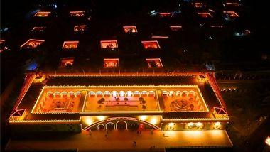 【三门峡等】三门峡金苹果温泉酒店1晚+双人陕州地坑院门票+双早-美团