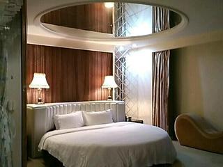 歌域商务酒店