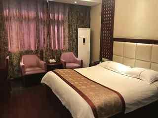 华建大酒店
