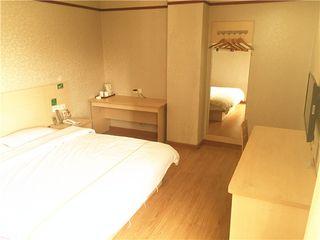 A家连锁酒店(振兴店)