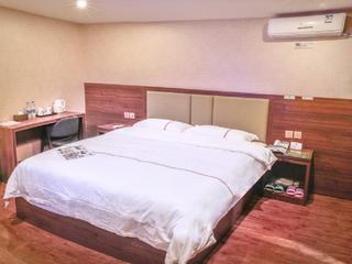 速8酒店(重庆云阳汽车客运中心店)