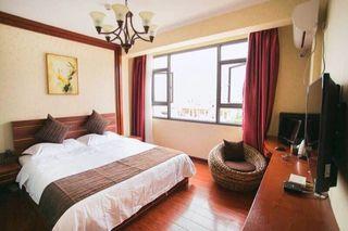 曼堤尼酒店