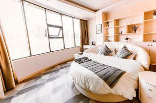 珠江主题酒店(阿富尔连锁酒店)