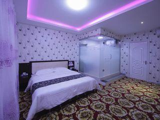 假日商旅酒店