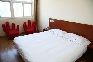 信义安诚信酒店