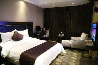 华龙大酒店客房部