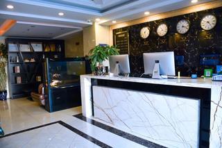 朗庭商务酒店
