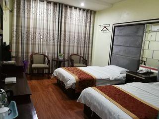皇廷大酒店(江汉大道店)