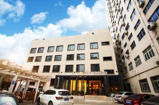 世纪星连锁酒店(郑州农业路博物院店)