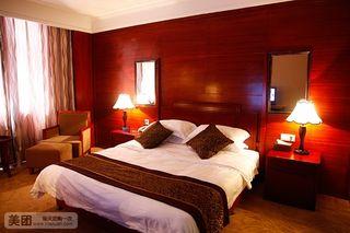 海中海假日酒店