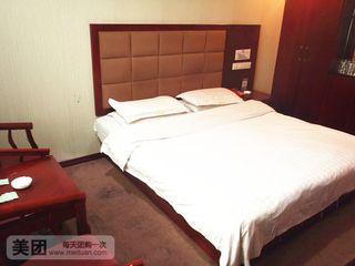 东方明珠大酒店(发明家店)