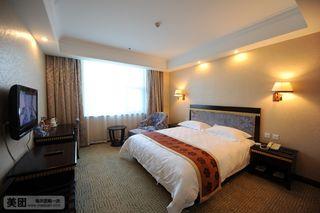 龙飞苑大酒店