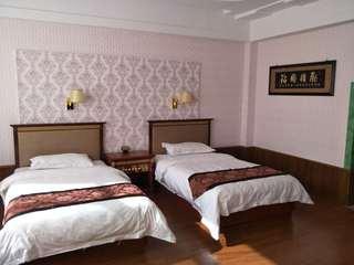 青青草原酒店