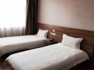 365+云盟酒店(石家庄莫奈百福酒店)