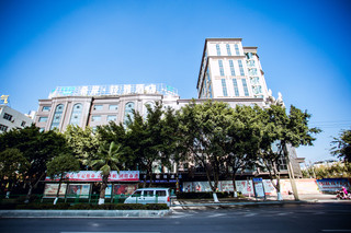 希岸·轻雅酒店(西昌航天大道店)