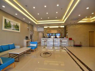 格林豪泰商务酒店(上海虹桥枢纽国家会展中心华翔路店)