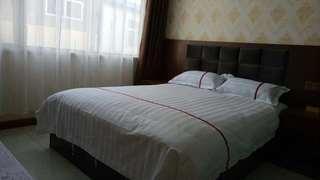 鸿泉时尚酒店