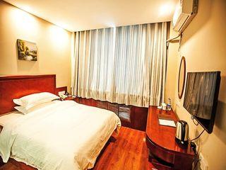 格林豪泰快捷酒店(库尔勒巴州客运总站北山路店)