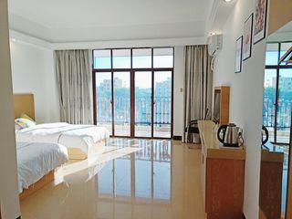 芳宇商务酒店